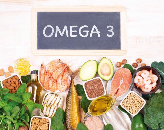 優先攝取天然食物加強免疫力,因為天然食物像是先發投手,而營養品則像救援投手。(Fotolia)