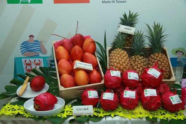 農委會加碼延長「臺灣農產嘉年華」網購活動即日起至12月31日。(行政院農委會提供)