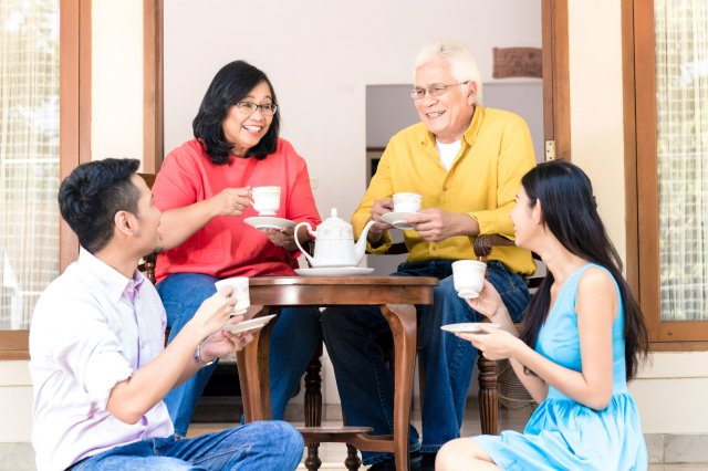 茶是來自特殊品種的茶樹,因其茶葉富含多酚等有益健康的成分,故喝茶具有保健功能。(Fotolia)