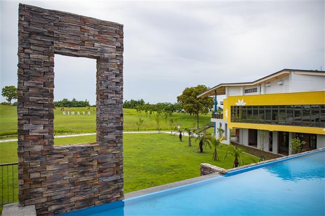 西拉雅國家風景區|官田遊客中心|綠建築設計融入西拉雅紅黃藍代表色系。(西拉雅國家風景區管理處提供)