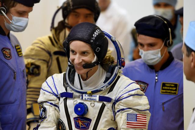 美國女太空人魯賓斯(Kate Rubins),預計將在國際太空站投下總統選票。(VASILY MAXIMOV/AFP via Getty Images)