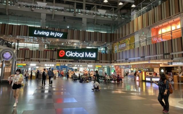 新左營車站改裝幅度超過4成,3樓千坪空間打造為全台唯一車站型OUTLET。(環球購物中心提供)