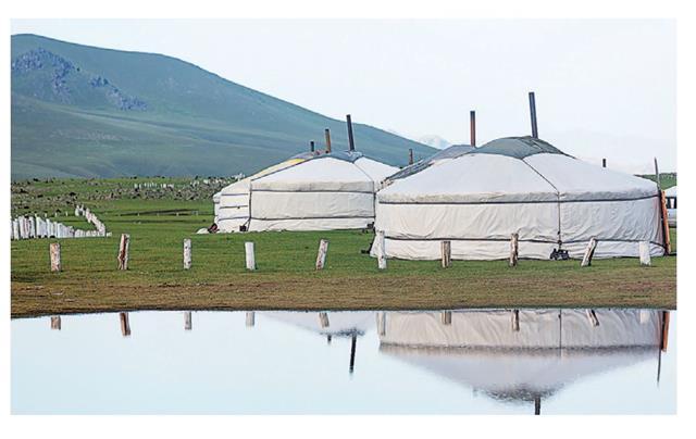中國被俄國分割的外蒙古,加上被俄國直接霸占的領土,共有300多萬平方公里(差不多中國1/4的國土)損失在俄國手上。圖為蒙古草原上的蒙古包。(123RF)