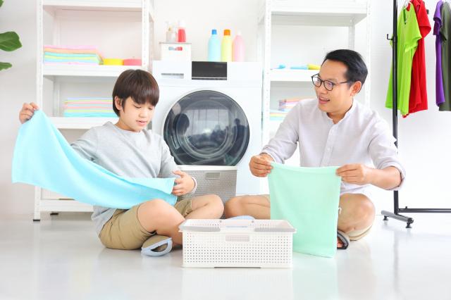 經過痛定思痛,他決定整理家裡,創造以家人為考量的空間。(Shutterstock)
