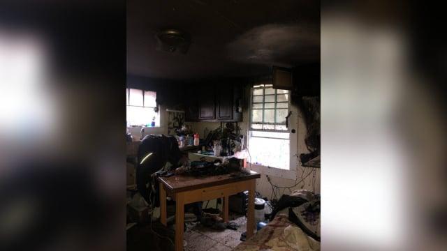 美國亞特蘭大名為W-Underdogs的收容所發生火災。(格雷西提供)