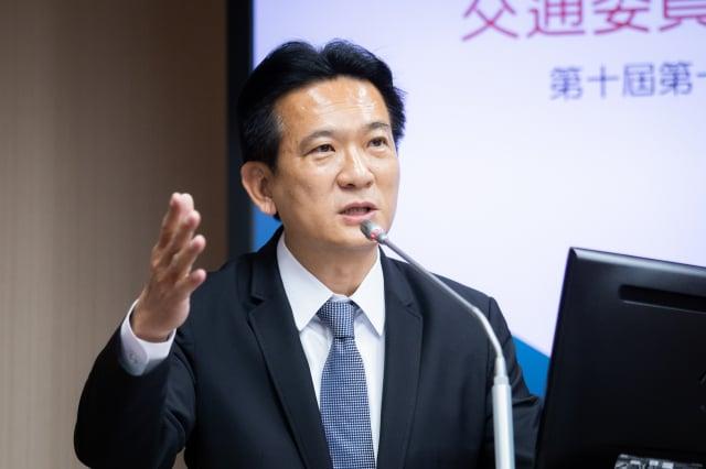 民進黨立委林俊憲6日表示,這時代已是臺灣挑客戶,若真要說依賴,也是中國對臺灣的技術依賴。(記者陳柏州/攝影)
