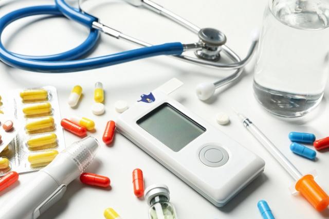 常用的降血糖藥物Metformin雖不會傷害腎臟,但在腎功能急遽下降的情況下,若持續服用該藥物則可能會引起致命性的乳酸中毒。(123RF)