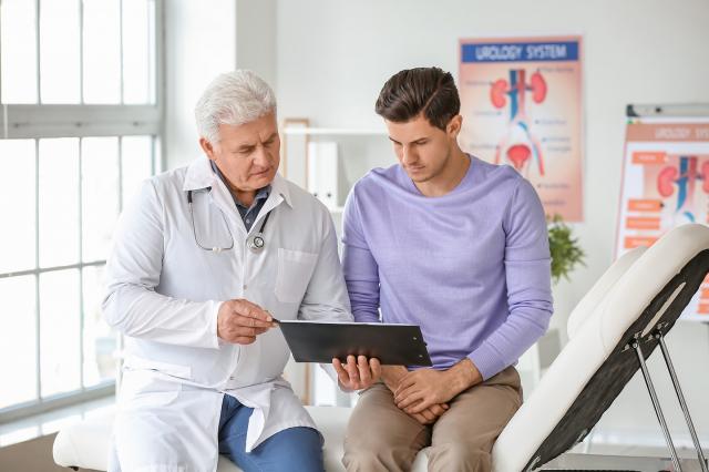 患有腎臟疾病還未洗腎的患者,飲食調控是重要的關鍵,在此提出3個注意事項。 (Shutterstock)