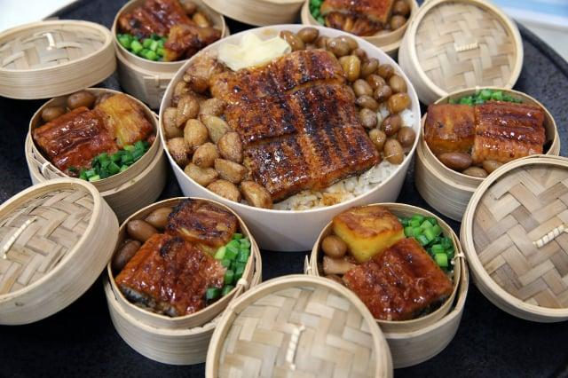 近年鰻魚復育良好,加上疫情影響,臺灣區鰻魚發展基金會等業界與農委會3日宣布在10個國道服務區推出8款特色鰻魚餐點。(中央社)