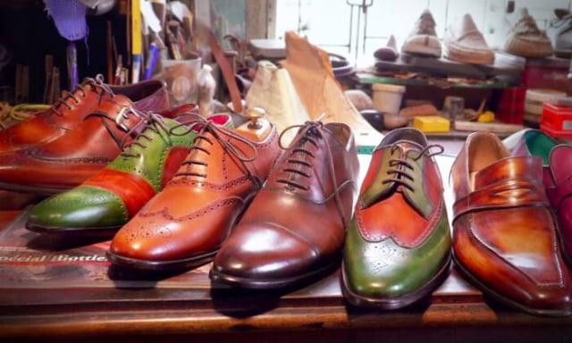 一位越南西鞋匠自學成才,製作出了世界上最好的皮鞋。(大紀元)