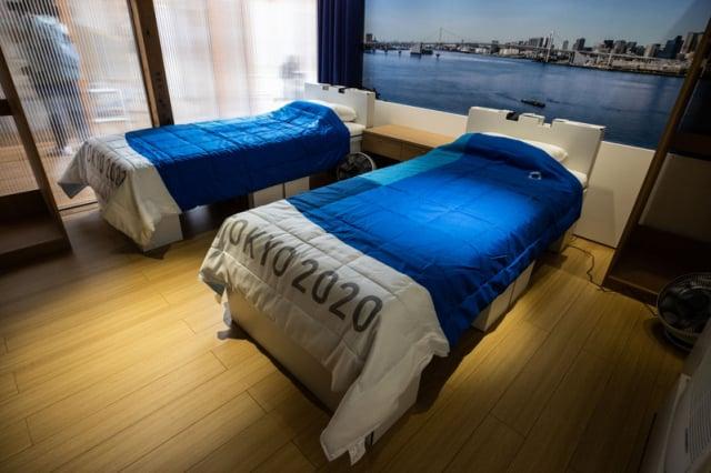 奧運村裡,供運動員休息的臥室。圖片攝於2021年6月20日。(Takashi Aoyama/Getty Images)