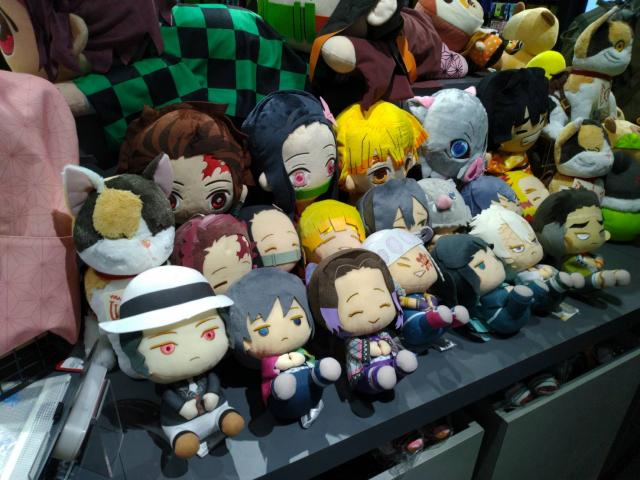 木棉花全新「銀河指揮部」帶來《鬼滅之刃》周邊;日本animate也獨家販售《鬼滅之刃》海外限定商品。