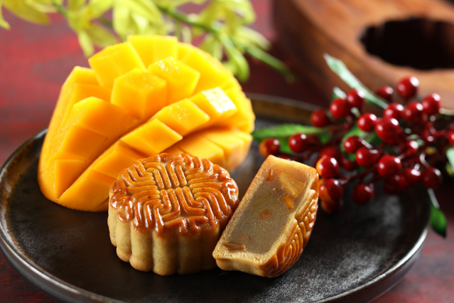 今年特別推出寶島柿子芒果口味,享受果香鮮甜。(福容大飯店提供)