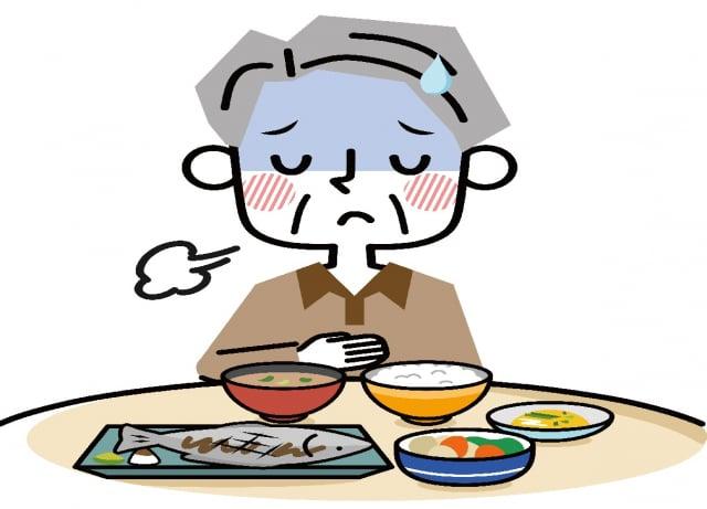 老人奉行三低飲食,注意不要誤踩2個地雷,以免落入衰老的惡性循環,無法鞏固健康。(Shutterstock)