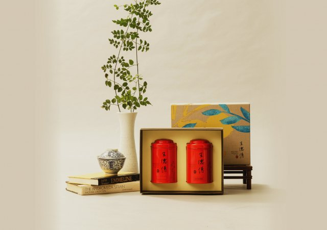 「澄靜禮盒」費時費工製作呈現醇厚質樸的風味。