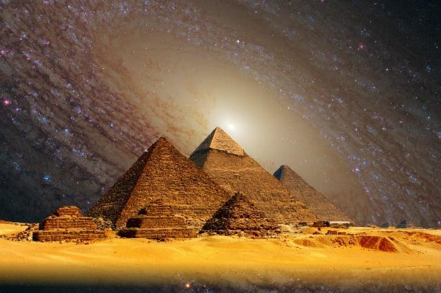 地球人類在宇宙中是否是孤獨的高等智慧生物。(Pixabay)