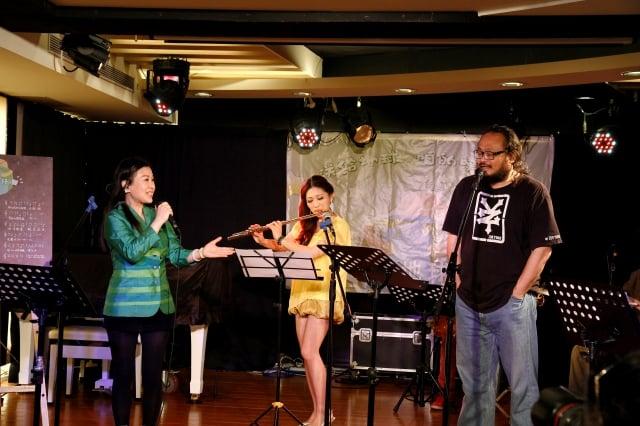 (左起)李昀陵、旅法長笛家華佩、謝宇威。(台灣環境資訊協會提供)