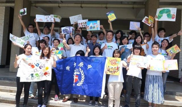 中原大學海外服務志工團,送愛心到緬甸、柬埔寨等5國。(記者徐乃義/攝影)