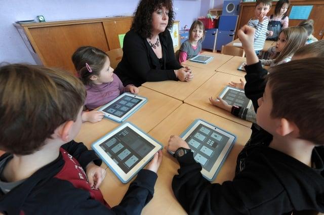 一項新的研究發現,在課堂上使用現代技術並不總會帶來更好的教學質量。(Getty Images)