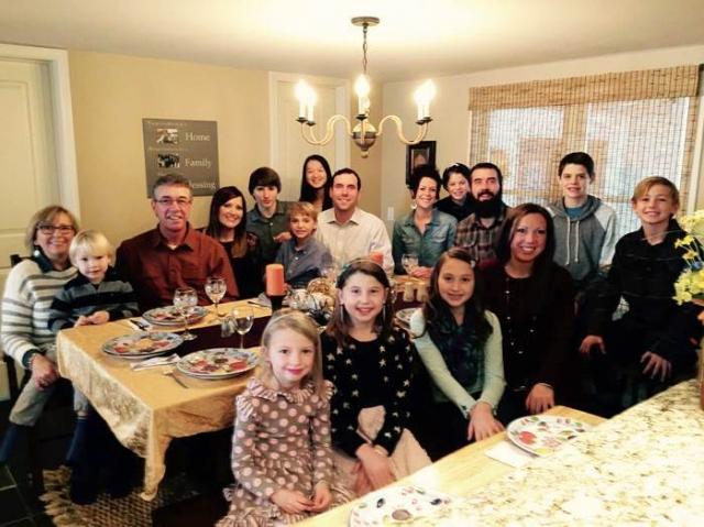 高中交換生居住於接待家庭中,參與各種家庭活動,深入體驗當地文化。(天下留學提供)