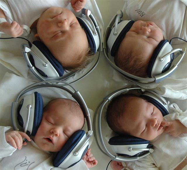 聽音樂。(Getty Images)