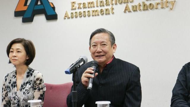 北京舞蹈學院中國民族民間舞系創始人潘志濤表示,民族民間舞是中國文化的瑰寶。
