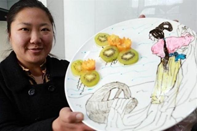 80後媽媽給女兒做的詩詞早餐,讓女兒在吃早餐的同時,感受中國古詩的詩情畫意。(網絡圖片)