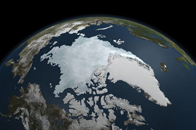 根據一份最新研究報告,30餘年來北極海冰的流失,不全然是人為的氣候暖化造成,其中可能有50%可歸因於大自然的變動。(NASA)