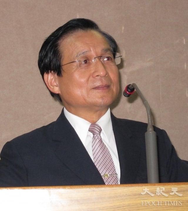 許添財呼籲,人民應該認清事實,講道理、重專業、改制度,讓好人出頭,「這樣台灣就有希望了」。(記者鍾元/攝影)
