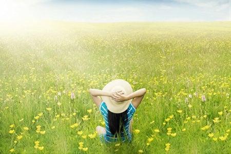 以寬容心來對待,就會彌補人與人之間的裂痕,若心懷報復,就會使關係惡化。(fotolia)
