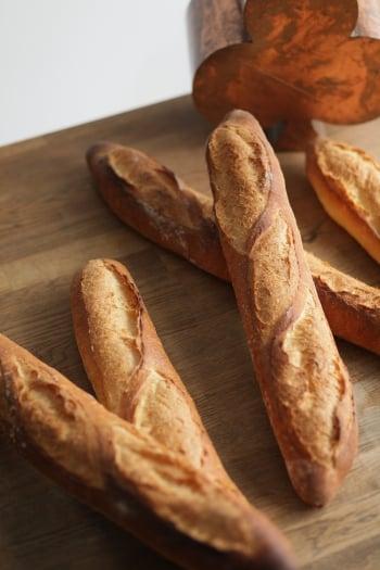 【Bonjour Bakery】玫瑰鹽法國長棍 Rose Salt Baguette╳充滿戀愛色澤的履歷
