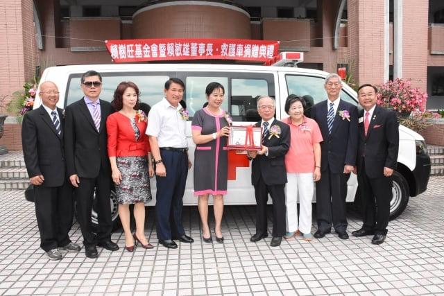 救護車捐贈儀式賴敏雄(賴敏雄提供)