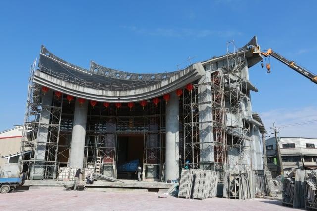新二結王公廟丁酉年完成主體建築工程。(記者曾漢東/攝影)