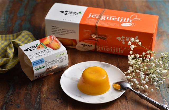 豐喜自有品牌「吃果籽」果凍,送禮送健康。(豐喜食品提供)