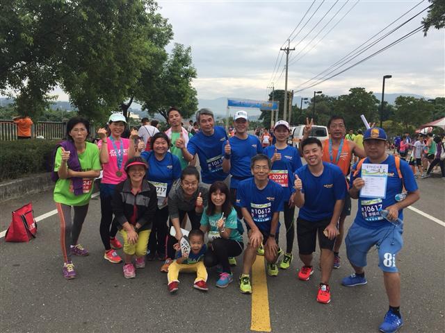 重視健康的廖憲平,鼓勵員工為健康而跑,也跑出大家的向心力。(豐喜食品提供)