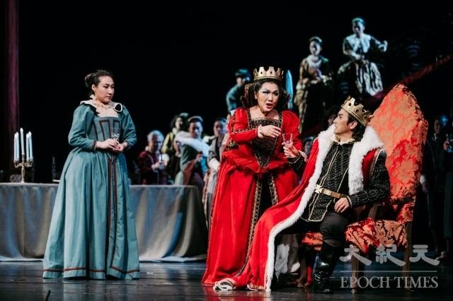 馬克白夫婦稱王,大肆宴客。(台中國家歌劇院提供)