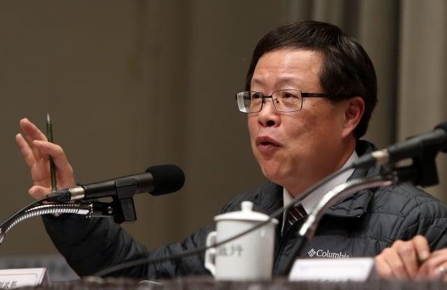 財政部次長吳自心表示,若以降稅前後做比較,在降稅前,現股當沖在集中市場的成交量占比為9%;降稅後提升到21%。(中央社)