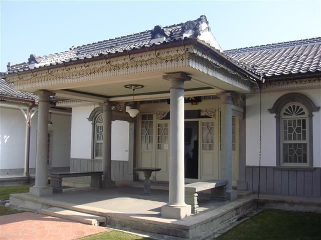 頂厝宅群之「頤圃」,建於1906年。(景薰樓國際藝術集團提供)