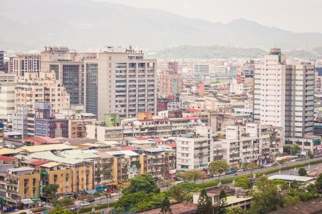 內政部次長花敬群表示,台灣建築已進入老化期,在地震以及高齡化社會因素下,都更是社會共識。(記者陳柏州/攝影)