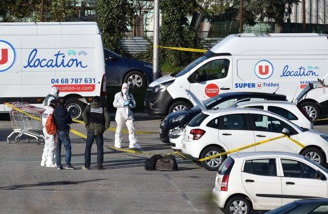 法國23日發生3起連環恐怖襲擊案,造成4人死亡;美國總統川普24日發推文,譴責暴力行為。(PASCAL PAVANI / AFP)