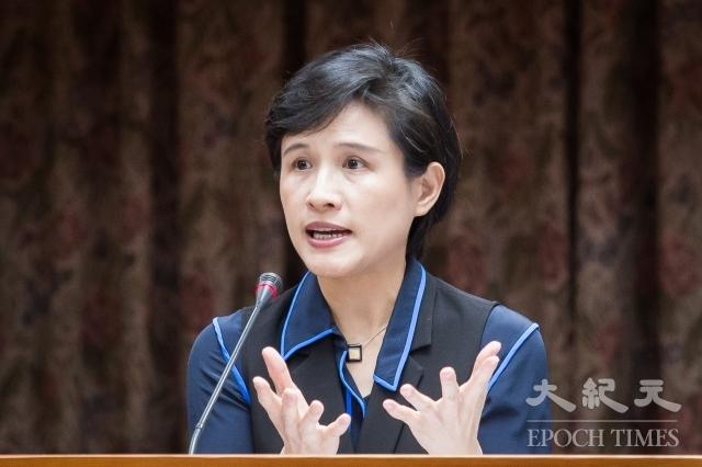 文化部長鄭麗君表示,不論是惠台31條或廈門60條,都加深對題材內容、個人言論自由的審批打壓,做法矛盾、不利文化交流。(記者陳柏州/攝影)