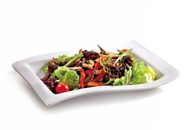 眾多食品中,有「養生萬靈丹」與「植物性燕窩」美稱的黑木耳,被認為具補鈣、補鐵、防止膽固醇過高與血管硬化的養生功效。 (Fotolia)