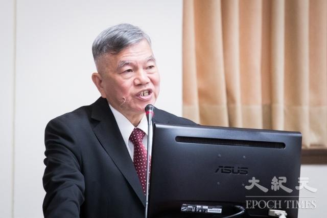 經濟部長沈榮津16日表示,已請國營會檢討油價公式及穩定油價機制,目標在1個月內向經濟部提報,2個月內完成檢討。(記者陳柏州/攝影)
