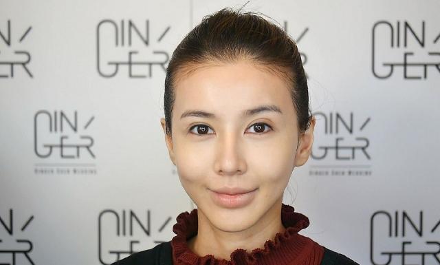 夏日彩妝掌握輕、薄、透的上妝技巧,肌膚才能變得健康有光澤,妝效也才能完美持久。(奧美公關提供)