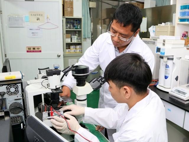 「任春平研發「奈米流道蛋白質濃縮晶片」」的圖片搜尋結果