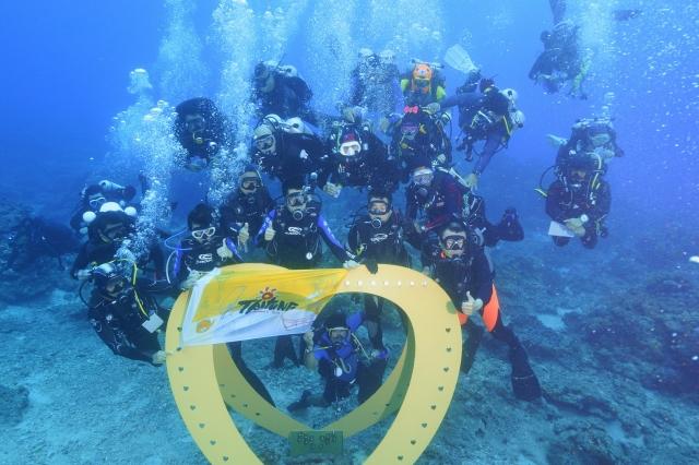 綠島海洋之心裝置藝術,是潛水取景的另一熱點。