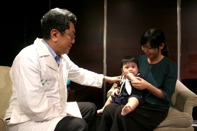 台大醫院小兒部主治醫師李秉穎表示,針對幼童預防流感民眾可諮詢專業醫師來選擇合適的疫苗。(禾風磅礡廣媒行銷提供)