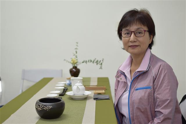 潘美月小姐(賴泰安寶石鑑定中心創辦人之一)。(蔡修道/攝影)