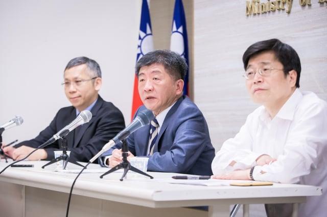 衛福部長陳時中(中)第2年率團至日內瓦為台灣發聲,他自評去年60分,今年進步至80分。(記者陳柏州/攝影)