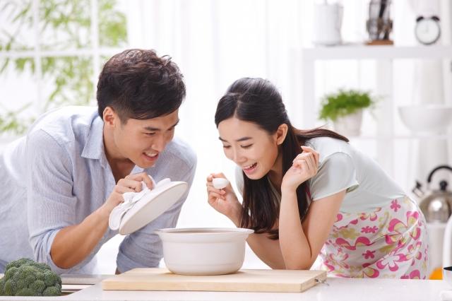 婚姻生活不是童話故事,體會婚姻細水長流的雋永和美好。(fotolia)